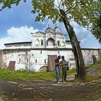У стен Кирилло - Белозерского монастыря :: Валерий Талашов