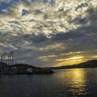 Закат над мысом Айос Йоргос :: Марина