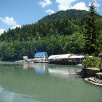 На озере Рица (этюд 2) :: Константин Жирнов