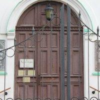 Вход в собор :: Таня Фиалка