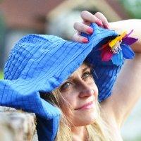 какая шляпка!!! :: Olga Veisman