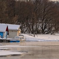 Маленькая пристань на Москва-реке :: Aleks