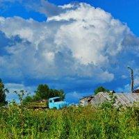 В деревне :: Валерий Симонов