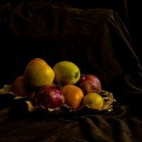 фрукты :: petr haritonov