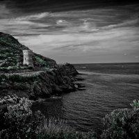 смотровая крепость на побережье Корсики :: Нина Хренова (Ninonnn)