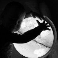 Мир только в Ваших руках :: Екатерина Квинт