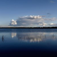 Вечер на озере :: Владимир Ноздрачев