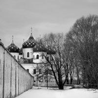 Крестовоздвиженский собор Юрьева монастыря :: Георгий Димухаметов