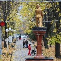 Осенний парк... :: Светлана Додонова