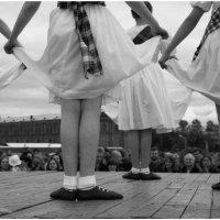 Танец :: Геннадий Соколов