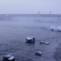 Братская  ГЭС :: Геннадий Тарасков