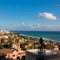 Берег г. Лимассола, о. Кипр.Средиземное море :: Таня Харитонова