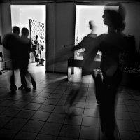 танец 2 :: Владимир Хроменков