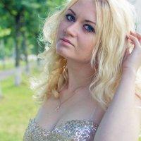 Игра с волосами :: Катерина Язловецкая