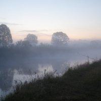 Рассвет. Туман. Река. :: Василий Сергиенко