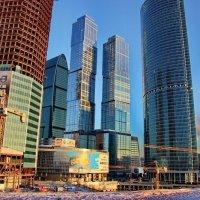 Москва-Сити :: Николай Фролов
