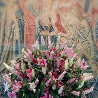 Цветы в интерьере замка. :: Ольга