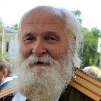 Колоритный мужчина :: Александр Облещенко