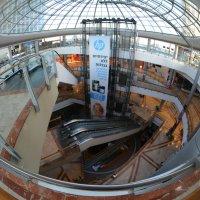 Торговый центр после закрытия :: Ludmila Frumkina