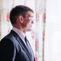 Портрет жениха :: Анатолий Клепешнёв