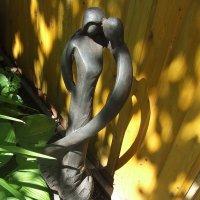 Скульптура мужчина и женщина неизвестного автора :: Anton Сараев