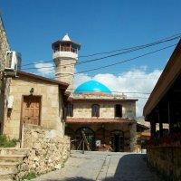 Старинная мечеть.Ливан. :: Жанна Мааита