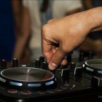 Музыка, его стиль жизни...Он лучший DJ! :: Любовь Назарова
