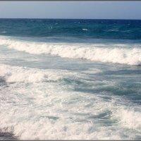 Море пенится, волнуется :: Igor Khmelev