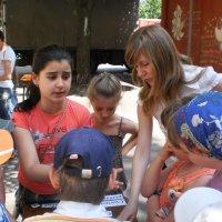 Летний лагерь для детей посетил библиотеку :: Наталья Тимошенко
