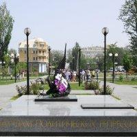 Памятник. :: Александр Владимирович Никитенко