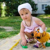 В песочнице :: Катерина Забанова