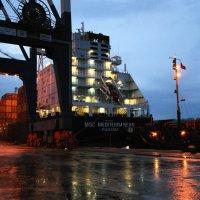 Ночь в порту Амбарлы. :: Александр Владимирович Никитенко