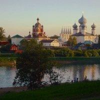 Успенский мужской монастырь на реке Тихвинке :: Сергей Кочнев