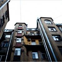 Про жёлтый балкончик :: Eino Pessi