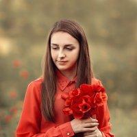 девушка и маки :: Руслан-Оксана Романчук