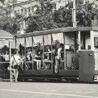 Ретро трамвайчик. г. Днепропетровск :: Ксения Базарова