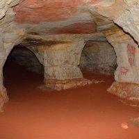 В Саблинских пещерах (этюд 1) :: Константин Жирнов