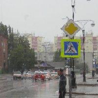 в нашем городе дождь :: Юлия Бывальцева