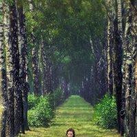 Аннушка на природе :: Alex Lipchansky
