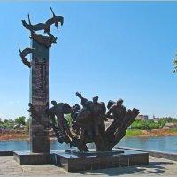 Памятник 23-ем Воинам-Гвардейцам. :: Роланд Дубровский
