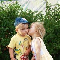 Поцелуй в щечку :: Владимир Акилбаев