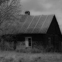 дом у дороги... :: Иришка Коровякова