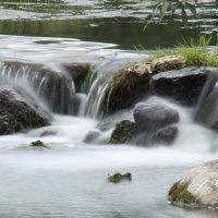 Маленький водопад :: Людмила Быстрова