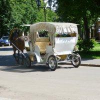 Суздальские  кареты....  Карету, мне,  карету  !!!!! :: Galina Leskova