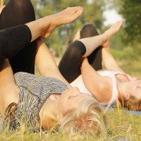 Йога на траве :: Екатерина Смирнова