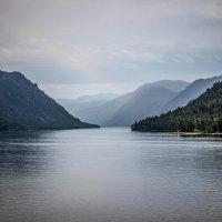 Радуга над озером :: Larisa Oparina