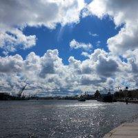 Взгляд в сторону гавани. :: anna borisova