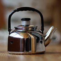 Зачем в чайнике дырочки? :-))))) :: Марина Жужа