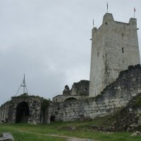 У стен Восточной башни Анакопийской крепости :: Елена Смолова