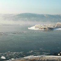 Волга замерзает :: Анастасия Сесорова